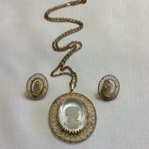 Vintage Whiting and Davis Intaglio Set